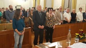 Sarah Dohr, à droite sur la photo, lors de son assermentation le 10 octobre au Consell communal de Vevey.